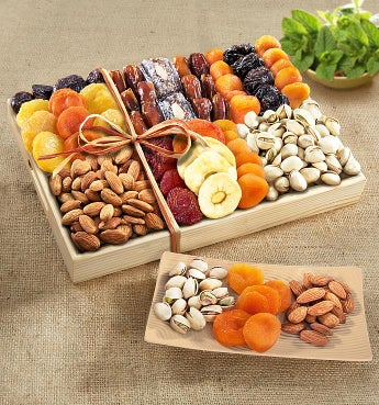 Fruitful Harvest Dried Fruit & Nut Crate - Classic Deluxe Dried Fruit & Nut Crate