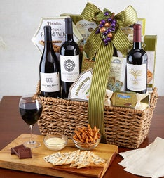 The Entertainer Premium Wine Gift Basket