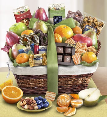 Distinctive Fruit & Sweets Gift Basket - Distinctive Fruit & Sweets Gift Basket