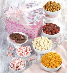 The Popcorn Factory Cupid's Arrow Heart Box