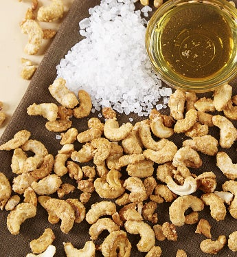 Honey & Sea Salt Cashews - 20 Oz Box