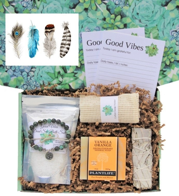 Good Vibes Women39s Gift Box- Feathers Card